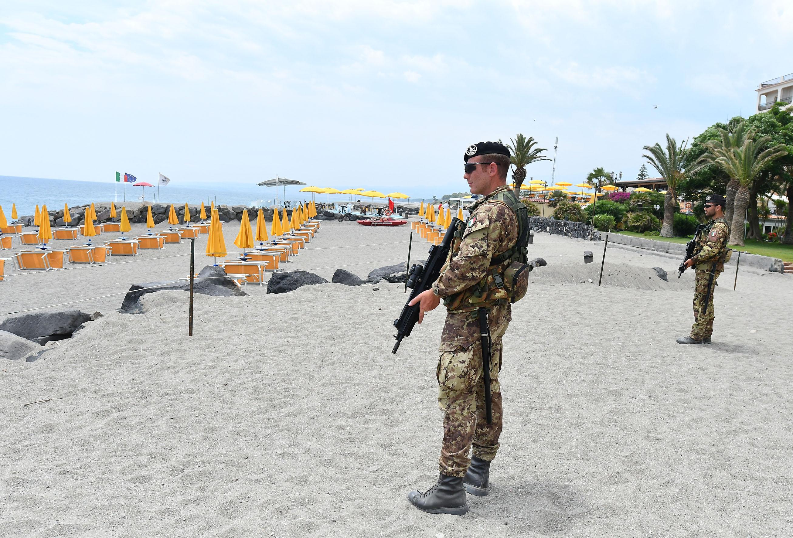 G7 le nostre foto da giardini spiagge militarizzate - Casting giardini da incubo 2017 ...