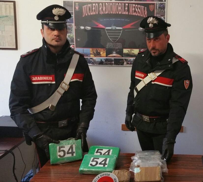 MESSINA: CARABINIERI ARRESTANO CORRIERE DELLA DROGA CHE TRASPORTAVA 6 KG DI DROGA TRA COCAINA ED EROINA