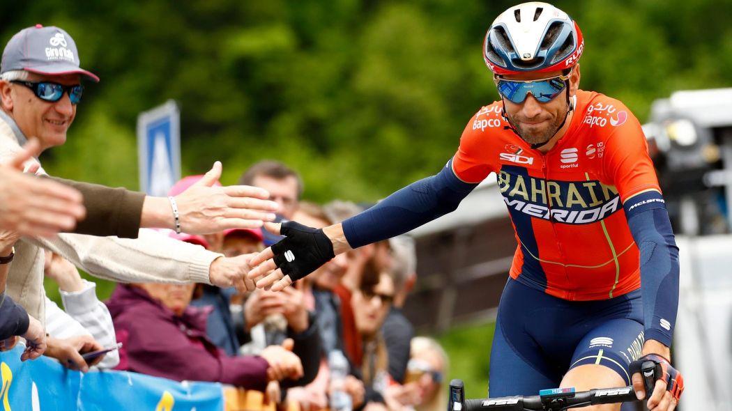 Vincenzo Nibali passa alla Trek-Segafredo: c'è anche l'annuncio ufficiale