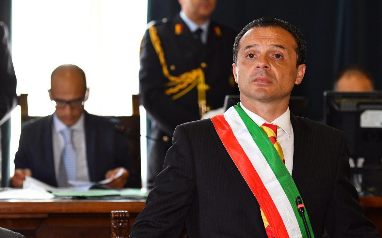 Messina, si dimette il sindaco De Luca$